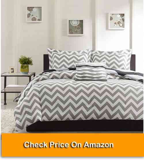 Ahmedabad Cotton Double Bed Sheet with 2 Pillow Covers
